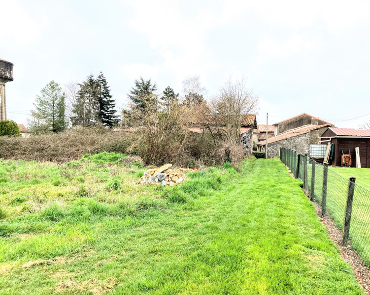 French property for sale in Reffannes, Deux-Sèvres - €43,000 - photo 4