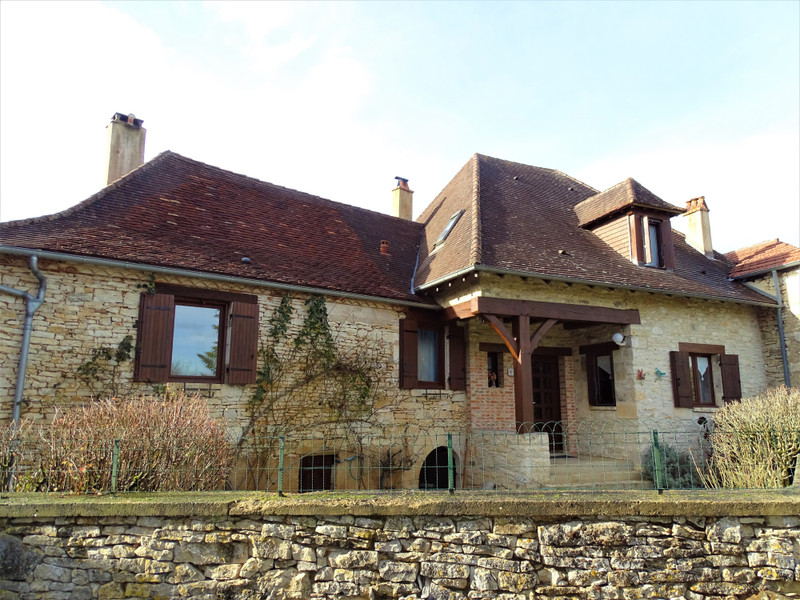French property for sale in Cubjac, Dordogne - €265,000 - photo 2
