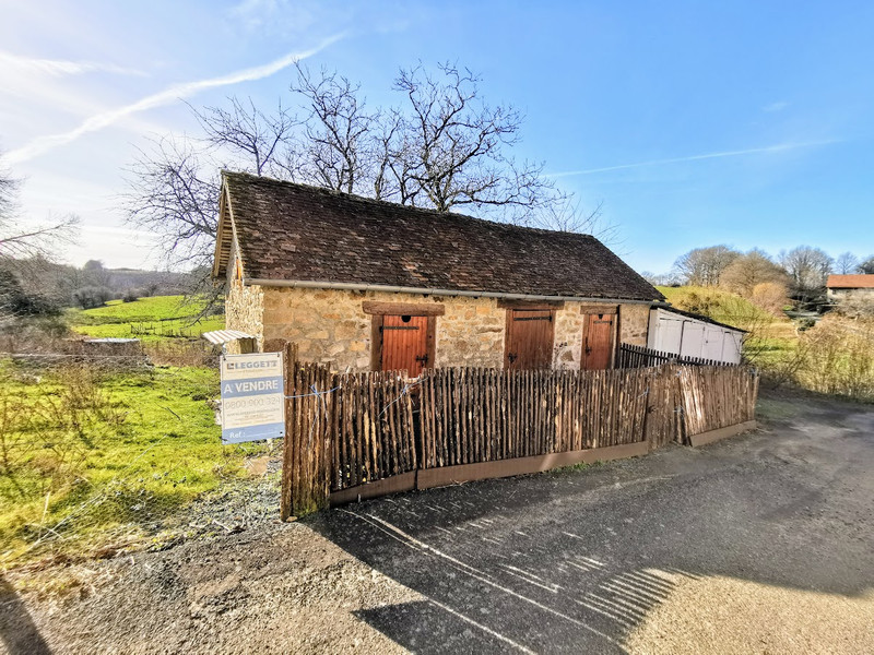French property for sale in Le Chalard, Haute-Vienne - €118,500 - photo 3