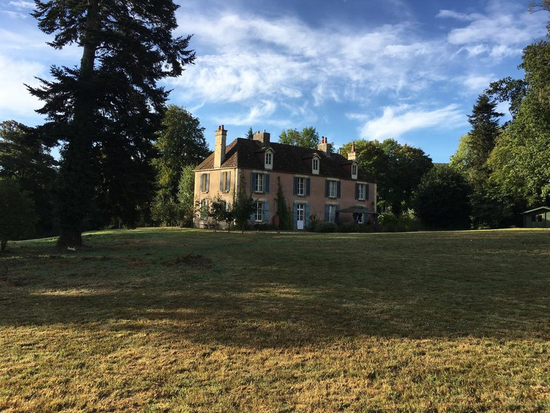 French property for sale in Le Hom, Calvados - €593,600 - photo 4