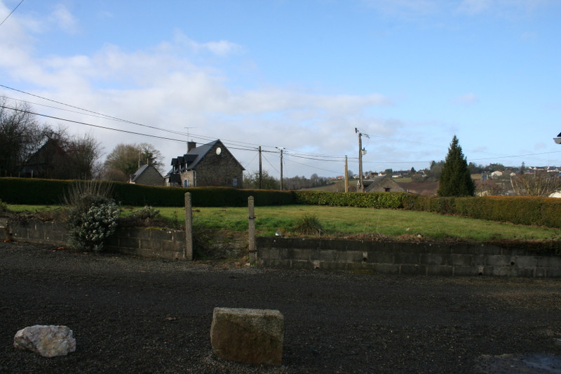 French property for sale in Sourdeval, Manche - €146,500 - photo 2