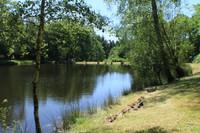 lacs à vendre à Saint-Cyr, Haute-Vienne, Limousin, avec Leggett Immobilier