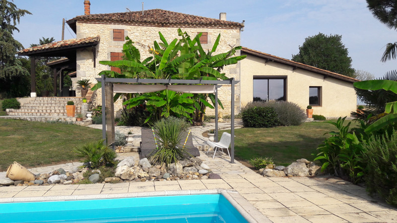 French property for sale in Tonneins, Lot et Garonne - €397,500 - photo 9