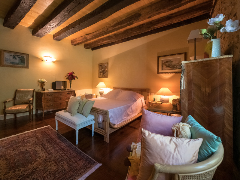 Maison à vendre à Eyliac, Dordogne - 940 000 € - photo 10