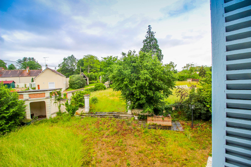 French property for sale in Chabris, Indre - €244,950 - photo 2