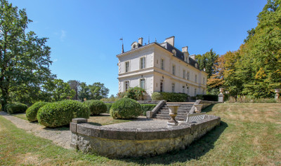 Chateau Quantilly dating from 1830 renovated  35.5 acres of park and woodland Cher dept 18.