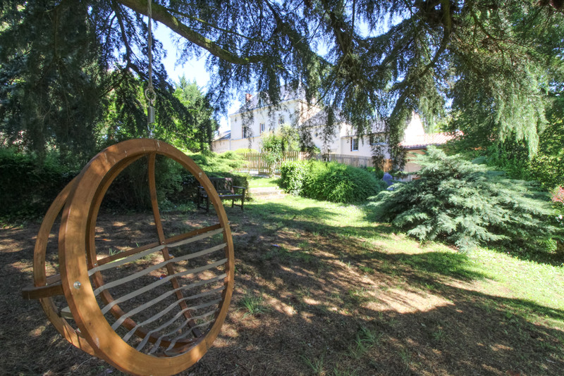French property for sale in Saint-Martin-de-Sanzay, Deux-Sèvres - €415,520 - photo 9