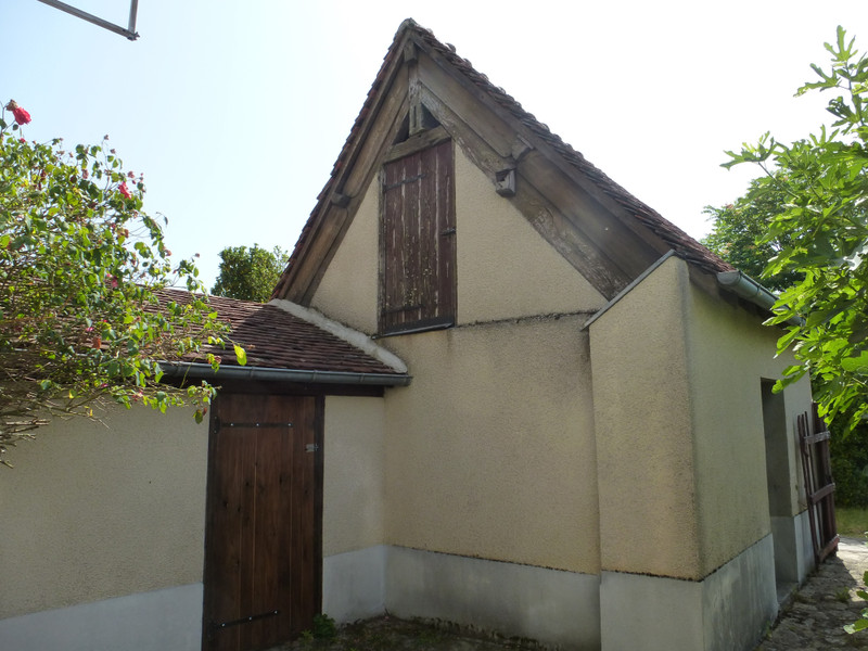 French property for sale in Saint-Germain-Beaupré, Creuse - €77,000 - photo 3
