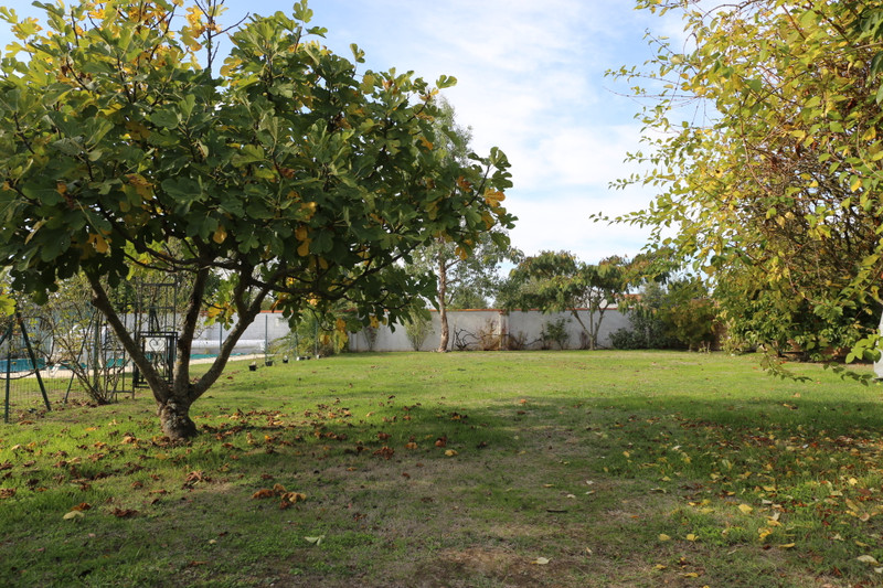 French property for sale in Saint-Ciers-du-Taillon, Charente-Maritime - €299,980 - photo 9