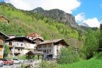 French ski chalets, properties in Bozel, Courchevel - La Tania, Three Valleys