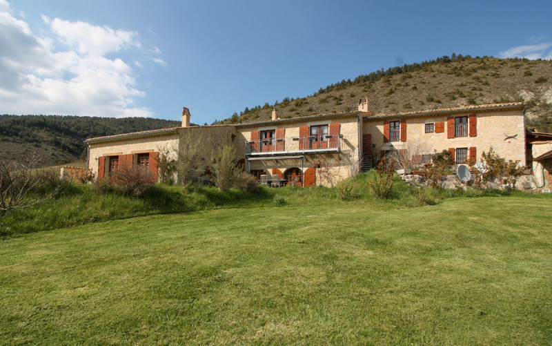French property for sale in Chalancon, Drôme - €695,000 - photo 2