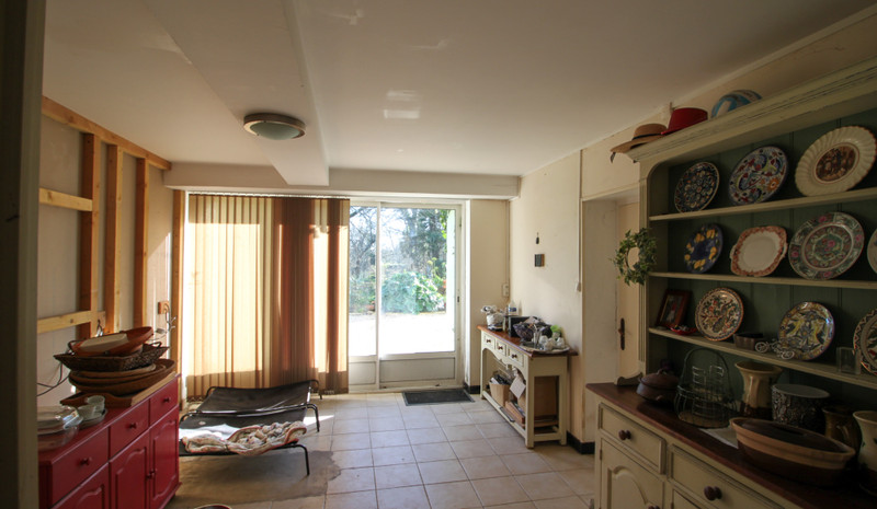 French property for sale in Matha, Charente-Maritime - €235,400 - photo 5