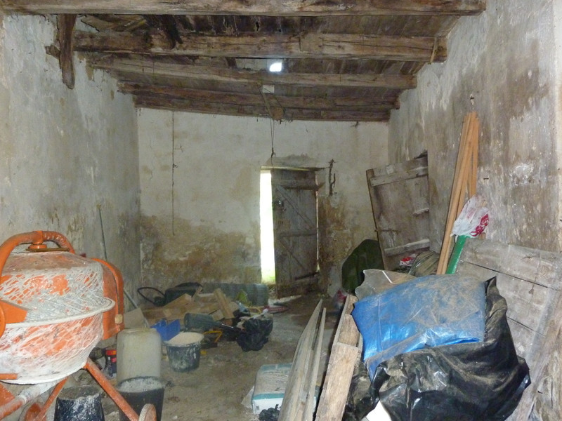 French property for sale in La Rochebeaucourt-et-Argentine, Dordogne - €25,000 - photo 6