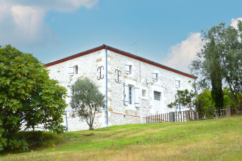 French property for sale in Coulx, Lot et Garonne - €413,400 - photo 3