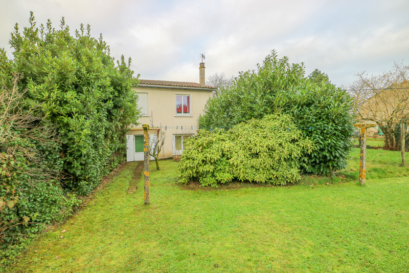 French property for sale in Adriers, Vienne - €51,000 - photo 3