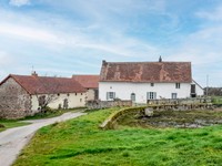French property, houses and homes for sale inBeaune-d'AllierAllier Auvergne