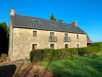 French property, houses and homes for sale inSaint-Malo-des-Trois-FontainesMorbihan Brittany