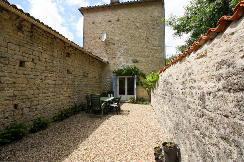 Maison à vendre à Aulnay, Charente-Maritime - 137 945 € - photo 9