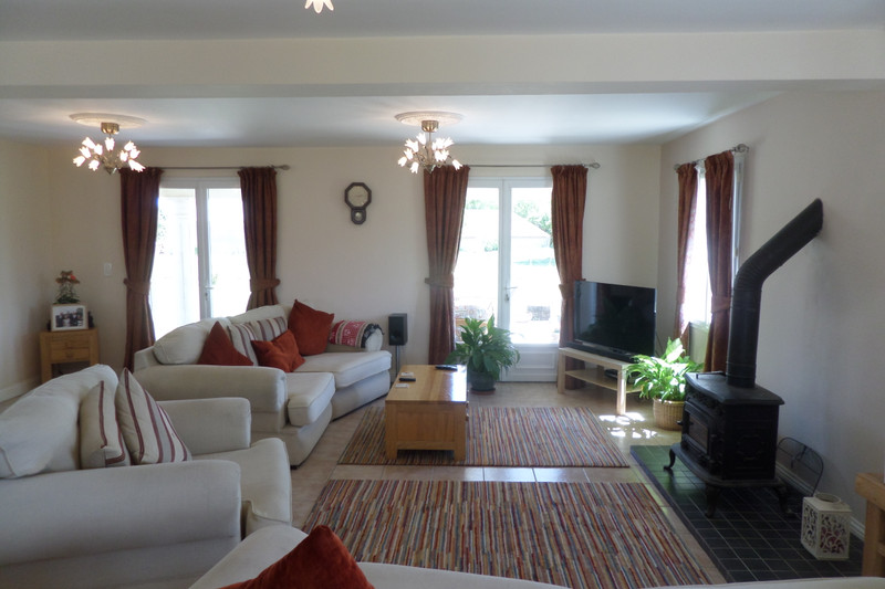 French property for sale in Pons, Charente-Maritime - €460,000 - photo 3