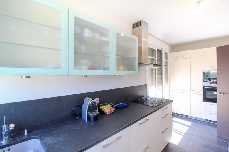 French property for sale in Garches, Hauts-de-Seine - €1,190,000 - photo 8