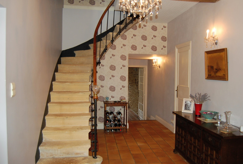 French property for sale in Lalinde, Dordogne - €265,000 - photo 2