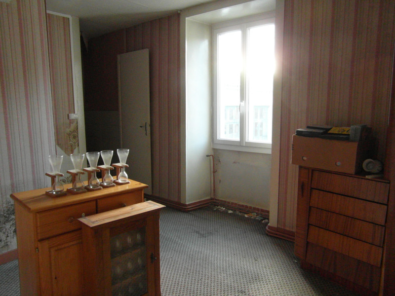 French property for sale in Mézières-sur-Issoire, Haute Vienne - €77,000 - photo 5