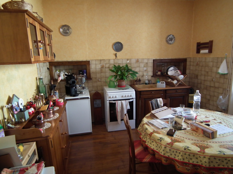 French property for sale in Aubusson, Creuse - €104,500 - photo 8
