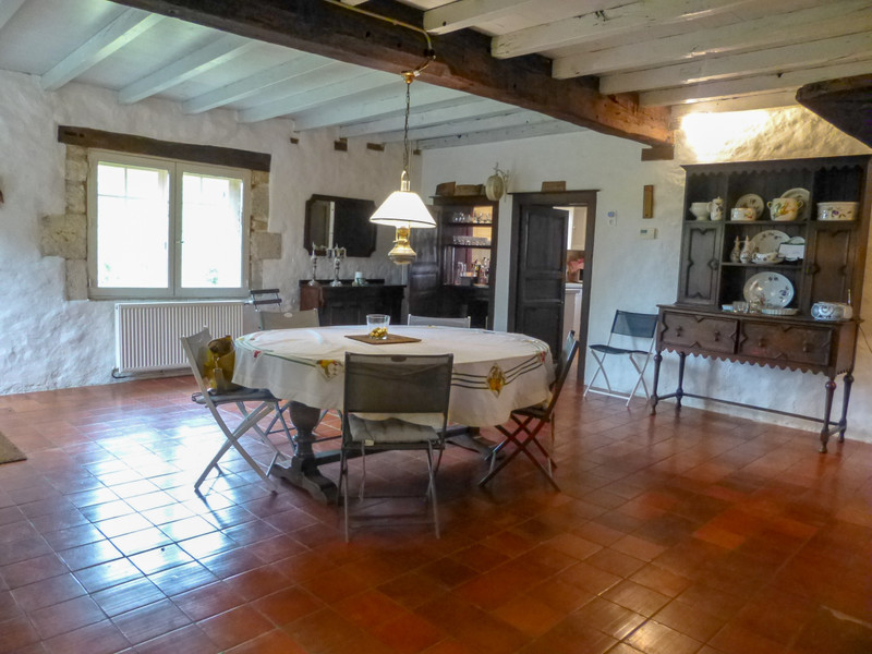 French property for sale in Duras, Lot et Garonne - €399,000 - photo 6