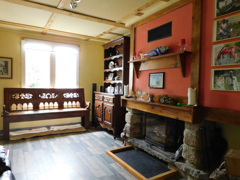 French property for sale in Langonnet, Morbihan - €178,200 - photo 2
