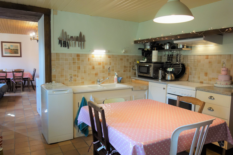 French property for sale in Lignières-Orgères, Mayenne - €247,315 - photo 3