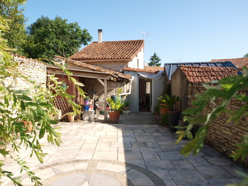 French property for sale in Mauprévoir, Vienne - €94,444 - photo 3