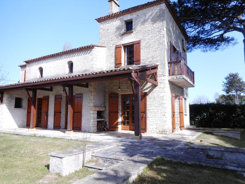 French property for sale in Gardonne, Dordogne - €399,999 - photo 2