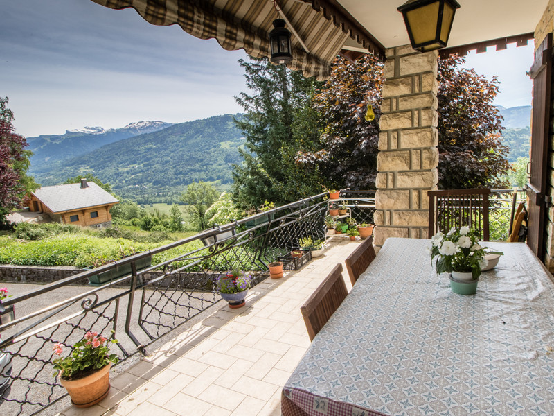 French property for sale in Taninges, Haute-Savoie - €597,000 - photo 3
