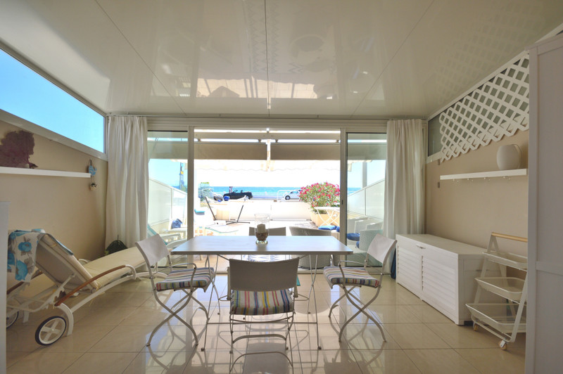 French property for sale in Cannes, Alpes-Maritimes - €455,000 - photo 4