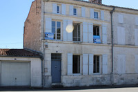 French property, houses and homes for sale inSaint-Jean-d'AngélyCharente-Maritime Poitou_Charentes
