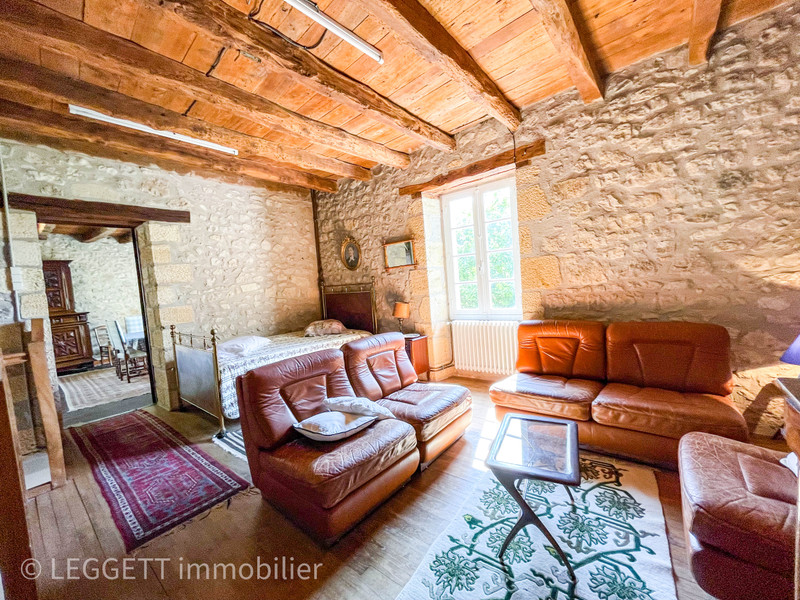 French property for sale in Saint-Cyprien, Dordogne - €251,450 - photo 5