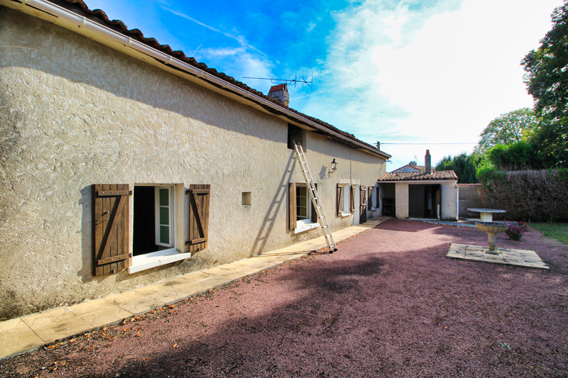 French property for sale in Villefagnan, Charente - €58,600 - photo 10