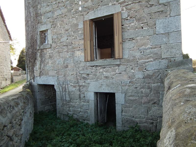 Maison à vendre à Auzances, Creuse - 25 000 € - photo 4