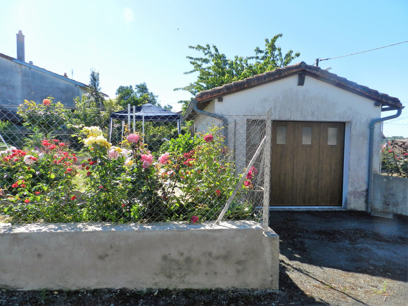 French property for sale in Availles-Limouzine, Vienne - €66,000 - photo 10