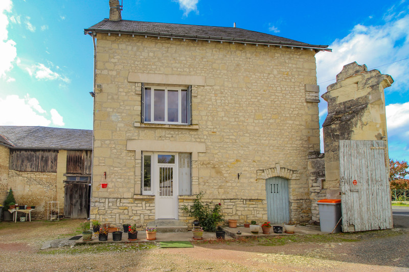 French property for sale in Mouterre-Silly, Vienne - €77,000 - photo 2