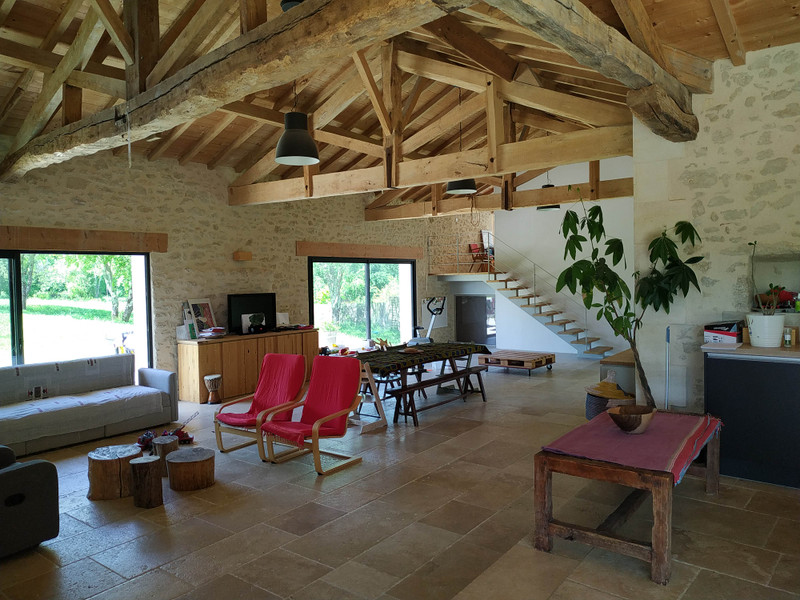 French property for sale in Ruch, Gironde - €371,000 - photo 3