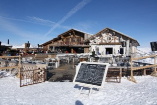 French property for sale in Combloux, Haute-Savoie - €1,484,400 - photo 4