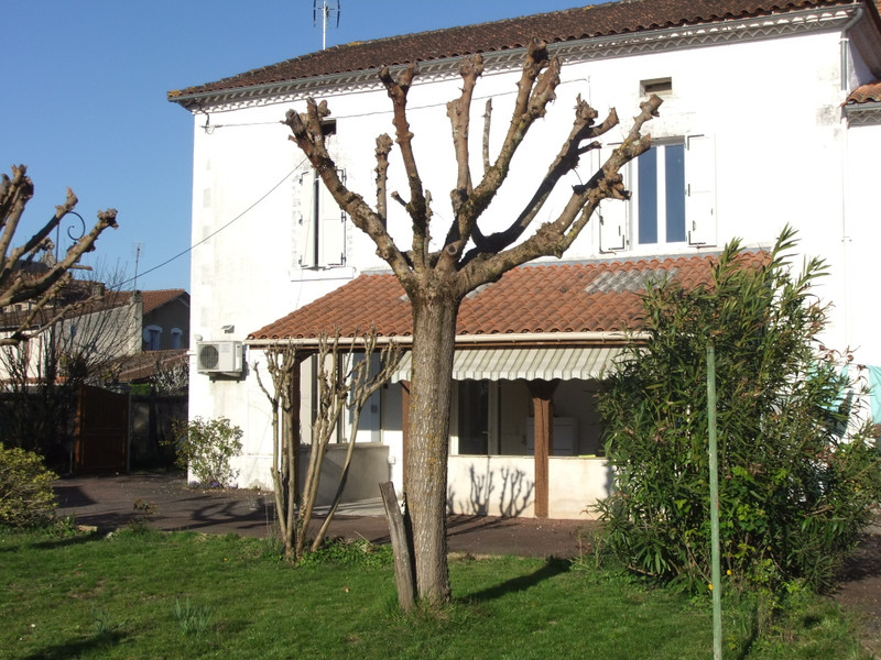 French property for sale in Neuvic, Dordogne - €172,800 - photo 2