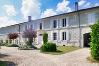 French property, houses and homes for sale in Saint-Martial-sur-Né Charente-Maritime Poitou_Charentes
