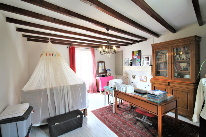 French property for sale in Xambes, Charente - €235,400 - photo 4