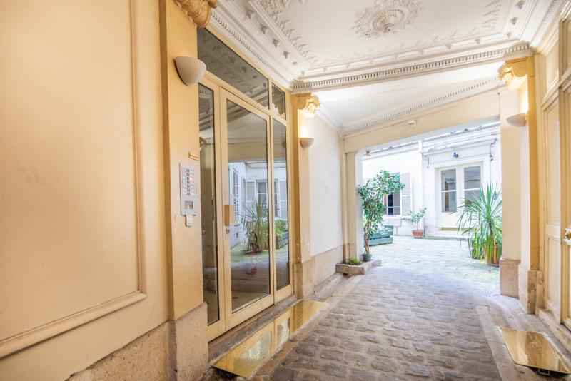 Appartement à vendre à Paris 9e Arrondissement, Paris - 629 000 € - photo 3