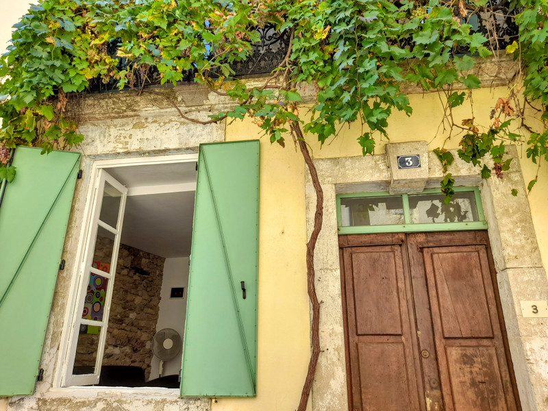 French property for sale in Magalas, Hérault - €89,500 - photo 2