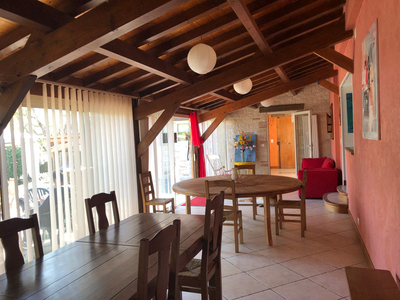 French property for sale in Castelculier, Lot-et-Garonne - €456,750 - photo 3