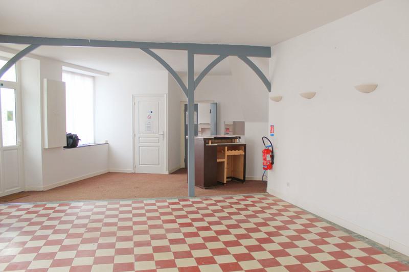 Maison à vendre à Bessais-le-Fromental, Cher - 39 600 € - photo 2