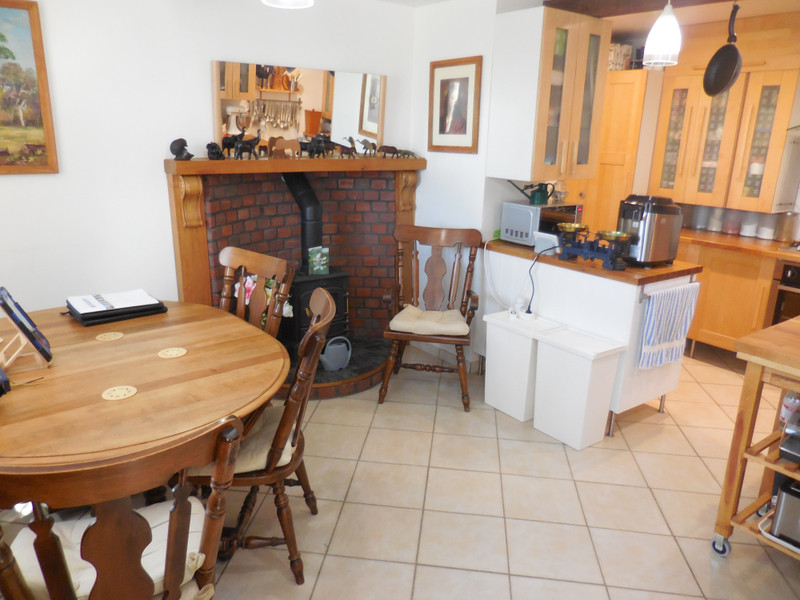 French property for sale in Saint-Vran, Côtes-d'Armor - €199,800 - photo 2